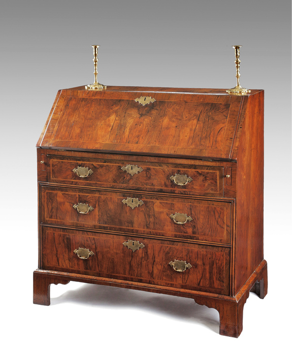 A fine Queen Anne period walnut veneered bureau Large Image 1