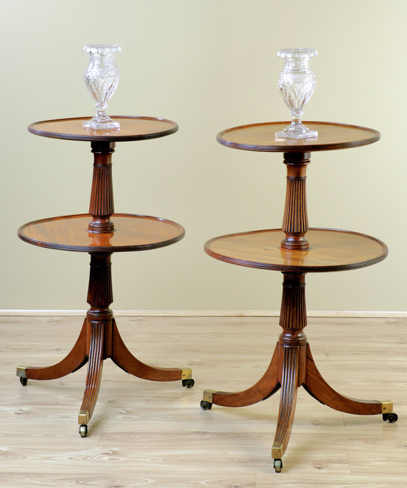 A fine pair of Regency period mahogany dumb waiters. Large Image 1