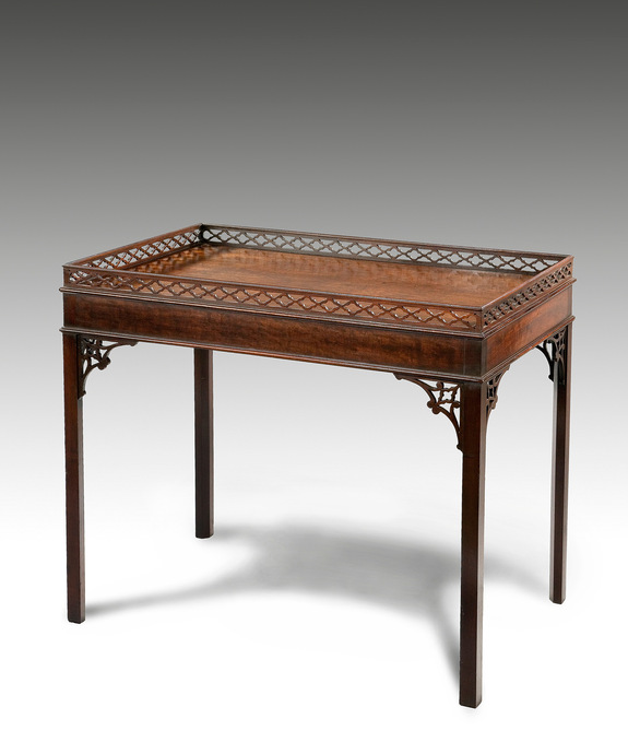 A good Chippendale period mahogany silver table. Large Image 1