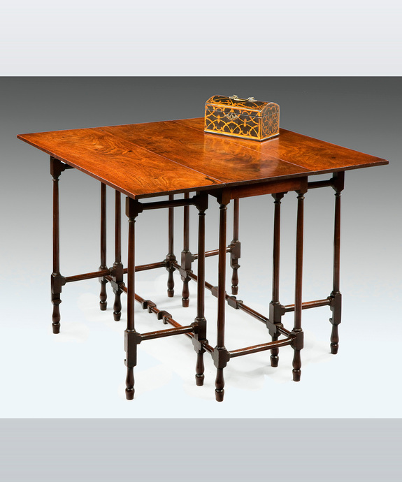 A fine George III period mahogany spider table. Large Image 1