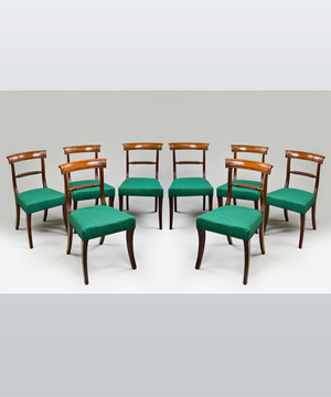 A fine set of eight Regency period mahogany dining chairs.