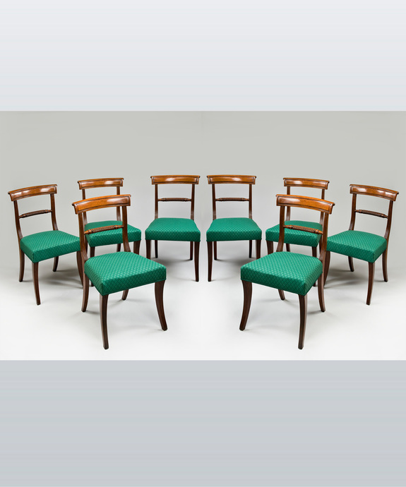 A fine set of eight Regency period mahogany dining chairs. Large Image 1