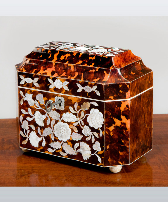 A Regency period tortoise shell tea caddy. Large Image 1