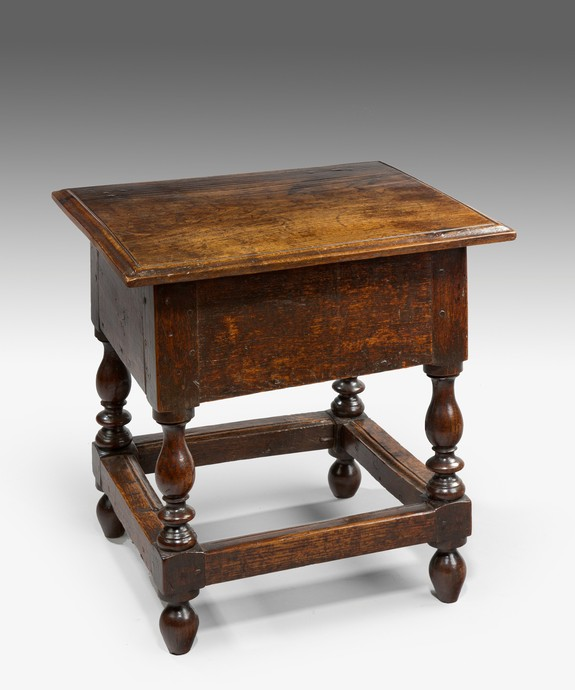 A good 17th Century oak box stool. Large Image 1
