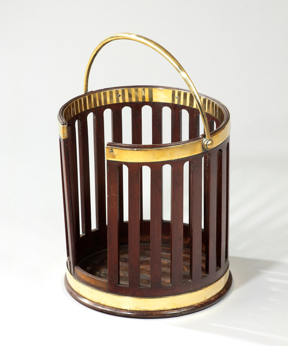 A Georgian mahogany plate bucket.