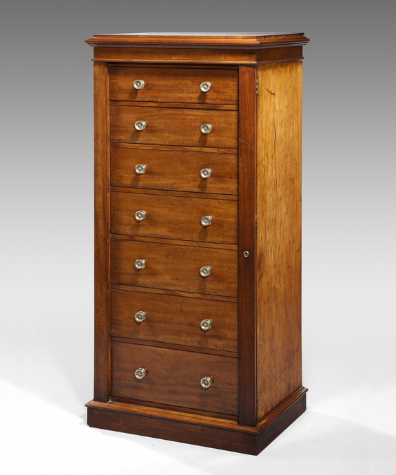 A good Regency period mahogany wellington chest. Large Image 1