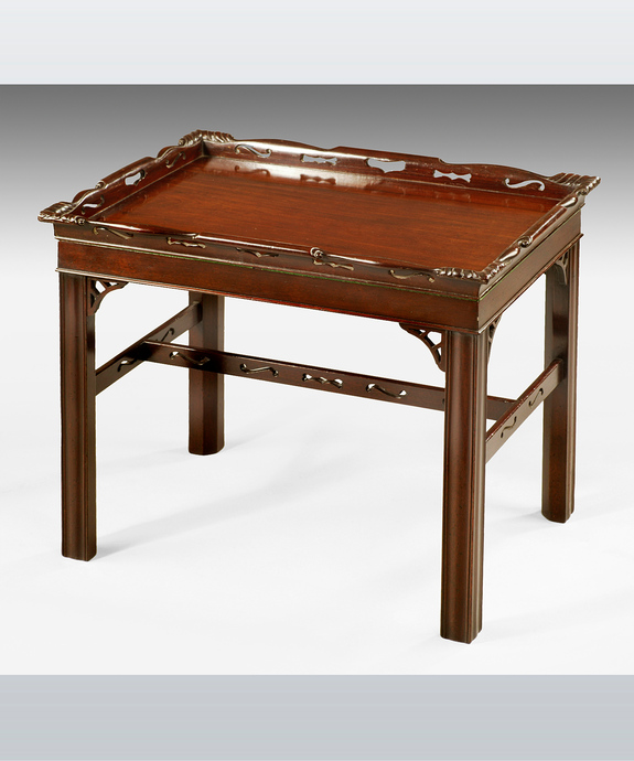 A fine Chippendale period mahogany tray Large Image 1