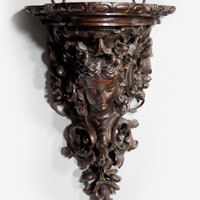Antique Georgian carved wall bracket.