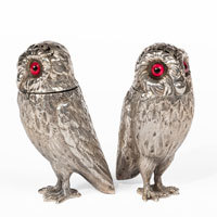 Pair Silver Owl Peppers