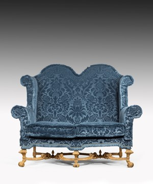 William III Baroque carved giltwood settee