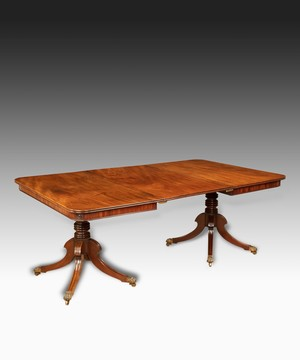 Regency two pillar dining table