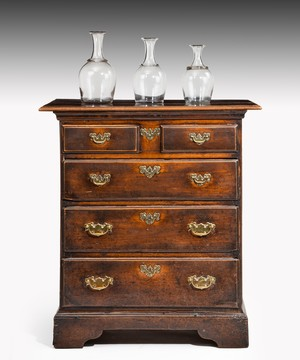 Georgian fruitwood chest of drawers