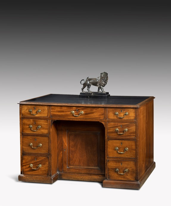 Antique Georgian Chippendale period desk