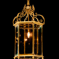 A fine 19th century brass hall lantern. Thumbnail 1