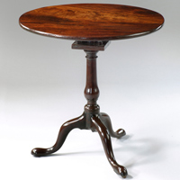 A good Chippendale period mahogany tripod table. Thumbnail 1