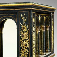 A rare Regency period japanned jardiniere. Thumbnail 1
