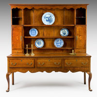 A late 18th Century oak cabriole leg dresser and rack. Thumbnail 1