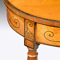 An elegant Sheraton period satinwood veneered tea table. Thumbnail 1