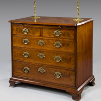 A fine George II period mahogany chest. Thumbnail 1