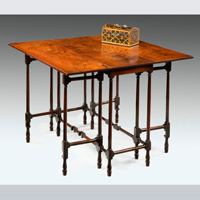 A fine George III period mahogany spider table. Thumbnail 2