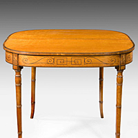 An elegant Sheraton period satinwood veneered tea table. Thumbnail 3