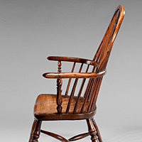 An Eighteenth Century yewwood and elm windsor armchair. Thumbnail 3