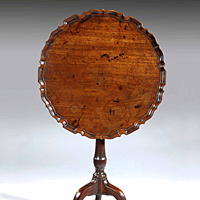A well patinated Chippendale period piecrust tripod table. Thumbnail 3