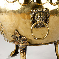 An exceptionally large 19th Century brass Dutch log bin. Thumbnail 3