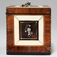 A superb Chippendale period tortoiseshell tea caddy. Thumbnail 3